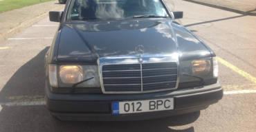 Mercedes Benz 260E